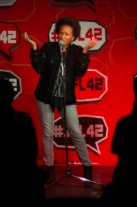 Wanda Sykes drops into Comedy Bar for the Saturday night Alternative Show.